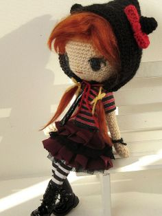 amigurumi doll is too cute!