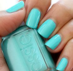 Essie -- In The Cab-ana | via Makeup and Beauty Blog