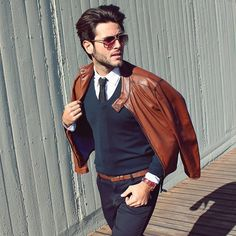 layers // leather jacket, sweater, tie, menswear, mens style, mens fashion, mens hairstyle, fall