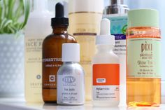 How To Apply Your Skincare Products in the Right Order. Are you layering like a pro?