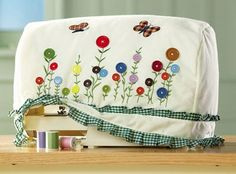 Flower Buttons Design Sewing Machine Storage Cover from Collections Etc. Sewing Hacks, Sewing Tutorials, Sewing Crafts, Sewing Projects, Sewing Patterns, Tatting Patterns, Sewing Room Decor, Sewing Rooms, Couture Main