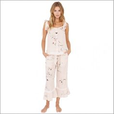 Flounce bridesmaid pajamas and bridesmaid pajama sets are a feminine option to bridesmaid robes. Layer for a pretty and versatile bridesmaid pajamas look. Bridesmaid Rompers, Bridesmaid Get Ready Outfit, Bridesmaid Pyjamas, Bridesmaid Getting Ready, Bridesmaids, Bridal Party Pajamas, Honeymoon Outfits, Bridal Robes, Bridal Gifts