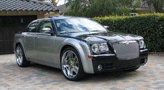black_&_gray old Chrysler 300 Chrysler 300c Touring, Chrysler 300 Srt8, Chrysler 300s, Chrysler Jeep, Maserati Merak, Maserati Quattroporte, Maserati Ghibli, Mclaren P1, Ram Trucks