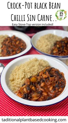 Crock-pot or slow cooker black bean chilli sin carne is the perfect family meal. Quick and easy to prepare and just left to do its magic! So budget-friendly and incredibly nutritious, not to forget packed with flavour. Serve with fluffy quinoa (easy recipe included). This chilli can also be prepared on the stove-top. Ideal for batch prepping and feeding a crowd or dinner party. Slow Cooker Chilli, Slow Cooker Black Beans, Slow Cooker Recipes, Crockpot Recipes, Best Vegan Recipes, Delicious Recipes, Easy Recipes, Turkey Recipes, Mexican Food Recipes