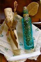 Faery Sight Herbal Blend  Ingredients:  Lavender, Jasmine, Rose buds with Amethyst, Citrine, and Quartz stones