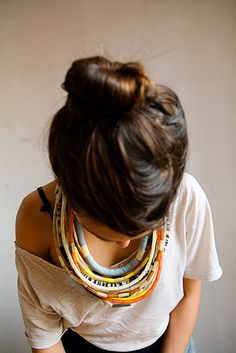 lauren manoogian necklace and love the messy bun