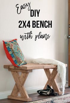 Love how easy and simple it is to build this DIY bench. It is the perfect DIY project. Easy DIY bench with plans and video tutorial. Perfect for indoor, outdoors or entryway. Great farmhouse or rustic look. projects tips woodworking Woodworking Projects That Sell, Woodworking Patterns, Woodworking Workshop, Popular Woodworking, Woodworking Furniture, Custom Woodworking, Woodworking Crafts, Woodworking Plans, Furniture Plans