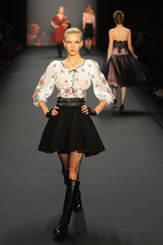 Lena Hoschek Fall 2013 Ready-to-Wear Fashion Show