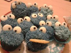 Cookie Monster Cakes!