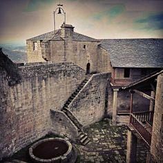 Castillo de #CastroCaldelas #RibeiraSacra #Ourense #Galicia #Spain