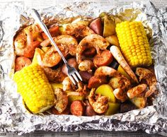 This Shrimp Boil in Foil literally only takes 20 minutes to bake in the oven. No big messy pots to clean up either. Just toss everything together in a foil packet and done! This makes clean up a total breeze! ** CLICK PIN TO LEARN MORE! Foil Packet Dinners, Foil Pack Meals, Foil Dinners, Shrimp Boil Foil, Seafood Boil, Seafood Dishes, Shrimp Foil Packets Oven, Shrimp Boil In Oven, Shrimp Bake