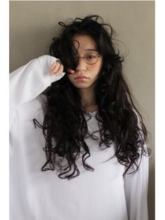 Wavy Hair Perm, Long Curly Hair, Curly Hair Styles, Permed Hairstyles, Pretty Hairstyles, Hair Cut Lengths, Hair Inspo, Hair Inspiration, Natural Wavy Hair