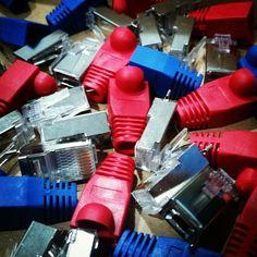 Pequeños detalles que marcan la diferencia... 😊😊😊  #wisplife #WiFiCanarias #cable #Ubiquiti #connector #toughCable #cableado