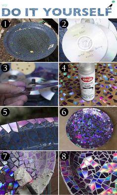 Uma óptima dica para quem deseja reformar um prato ou fruteira antiga usando CDs velhos!! Cortando a parte espelhada do CD e montando um mosaico com os ped
