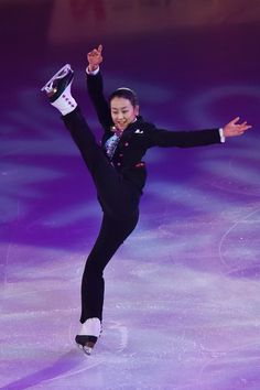 Mao Asada Photos - Mao Asada of Japan performs her routine in the exhibition on the day four of the 2015 Japan Figure Skating Championships at the Makomanai Ice Arena on December 28, 2015 in Sapporo, Japan. - 2015 Japan Figure Skating Championships - Day 4