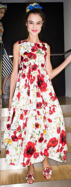 Dolce & Gabbana Ready To Wear Spring 2016 - Backstage