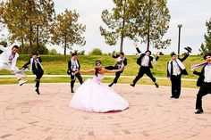 Pose with chambelanes Sweet 16 Pictures, Quince Pictures, Party Pictures, Wedding Pictures, Wedding Ideas, Quinceanera Party, Quinceanera Dresses, Quince Themes, Quince Ideas