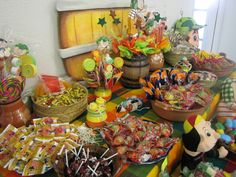 "Candy Buffet ideas for el chavo party | El Paso Party Hall | Kouture Party: ""El Chavo del Ocho"""