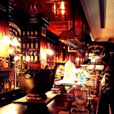 Dry Martini Bar. Aribau, 162   +34932175080 www.drymartinibcn.com