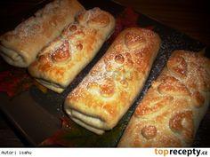 Štrůdlíci ze zakysané smetany Czech Desserts, Sweet Desserts, Sweet Recipes, Czech Recipes, Russian Recipes, Albanian Recipes, Eastern European Recipes, Grilled Bread, Homebrew Recipes