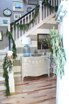 Fall Nesting for Holiday Entertaining {Loving Fall: Day - The Inspired Room Decorating for Christmas Entertaining – Entry Table and Staircase garland {click through for Coastal Christmas, Christmas Home, White Christmas, Vintage Christmas, Christmas Inspiration, Room Inspiration, Holiday Ideas, Christmas Ideas, Christmas Staircase