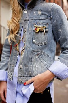 vintage denim jacket over blue dress shirt and black jeans. Gorgeous gold charm pin and bejeweled gold charm necklace reminiscent of the TheyAllHateUs Mode Style, Style Me, Denim Fashion, Womens Fashion, Fashion Trends, Fashion Details, Fashion Bloggers, Atlantic Pacific, Ripped Denim