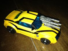 Transformers Prime Robots in Disguise Bumblebee (car mode)