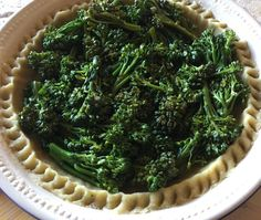Making Quiche with Sweet Baby Broccoli #luchiachia #pastrychef #chef #foodblogger #foodblog #organic ingredients #healthy #healthyeating #healthyfood #beautiful cooking #instafood #foodie #foodiegram #yummy #yummyfood #quiche #foodlover #gourmandise #delicious #siliconvalley #bayarea #sanfrancisco #california #photooftheday