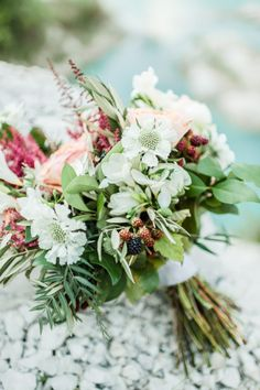 Boho bouquet: http://www.stylemepretty.com/texas-weddings/2014/11/19/a-bohemian-elopement-inspirational-shoot/   Photography: Anna Smith - http://www.annasmithphotography.com/
