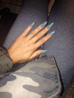 Baby blue oval shape acrylic nails