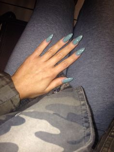 Baby blue oval shape acrylic nails