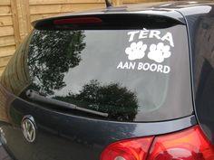 Klantenfoto hond aan boord sticker van www.auto-stickers.be