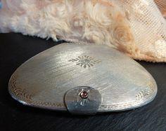 Vintge Italian Silver Oyster Shaped Powder Compact Beveled Mirror Clasp Handbag Wedding Accessory