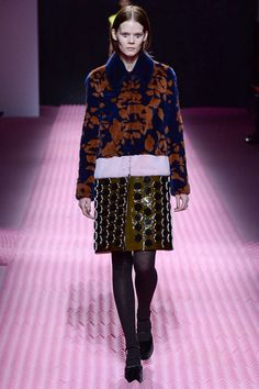 See all the Collection photos from Mary Katrantzou Autumn Winter 2015  Ready-To-Wear now on British Vogue a1c9372a5ee