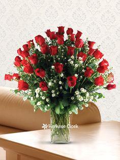 Aşkların En Güzeli Kırmızı Güller  en derin duygularınıza tercüman olsun.   http://www.herkesecicek.com/asklarin-en-guzeli-kirmizi-guller.html