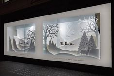 Awesome DIY Christmas Retail Holiday Displays On A Budget - Onechitecture Christmas Window Display Retail, Fashion Window Display, Window Display Design, Store Window Displays, Outdoor Christmas Decorations, Christmas Diy, Tin Can Lanterns, Paper Artwork, Retail Design