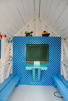 Play house decor for at little boy