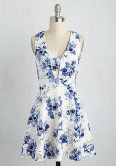 Second Date Delight Dress in Floral