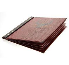 Porte-menu STICK en bois. Feuillets intérieurs en pvc ou carton avec passse partout. Impression à chaud ou digitale.