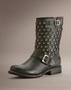 Must buy frye boot now