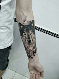 Wolf tattoo by Marciel da Silva, Gaspar, SC. - Wolf tattoo by Marciel da Silva, Gaspar, SC. Wolf Tattoo Forearm, Wolf Tattoo Sleeve, Cool Forearm Tattoos, Body Art Tattoos, Sleeve Tattoos, Tattoo Art, Tattoo Wolf, Tatoos, Lion Tattoo