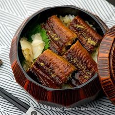 Grilled eel rice bowl  うな丼