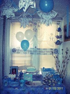 winter onederland party ideas --blue sparkles and white theme. Love this idea for decor, instead have it pink, silver and teal themed
