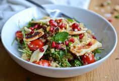 Quinoa Salad with Grilled Halloumi (9 ingredients, 25 min cooking time)