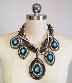 NEW OLD STOCK WITH TAG - STUNNING LARGE TURQUOISE, SPARKLING BEADS & PEARL COLLECTIBLE NECKLACE