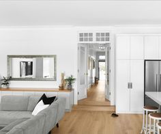 A heritage California bungalow receives a timeless renovation California Bungalow Interior, Bungalow Renovation, Bungalow Interiors, House Renovations, Clad Home, Engineered Timber Flooring, London Townhouse, Victorian Terrace, Australian Homes