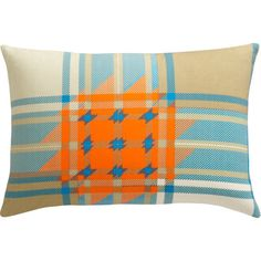 Love the Orange in this pillow!