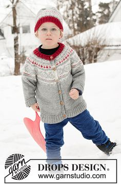Knitted children's jacket in DROPS Karisma. The piece is worked top down with round yoke and Nordic pattern on the yoke.Knitted hat in DROPS Karisma. The piece is worked with Nordic pattern and a pom pom. Narvik, Drops Design, Knitting Patterns Free, Free Knitting, Baby Knitting, Drops Karisma, Magazine Drops, Drops Patterns, Fair Isle Knitting