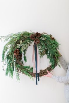 Winter Wreath How-To Diy Wreath, Door Wreaths, Grapevine Wreath, Wreath Ideas, Rustic Wreaths, Wreath Crafts, Christmas Crafts, Christmas Decorations, Holiday Decorating
