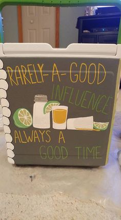 Each of these charming mixed beverage utilize tequila as a basis, combining agave, sugar and alcoholic drinks in fantastic dessert cocktails or sweet sippers. Sorority Canvas, Sorority Paddles, Sorority Crafts, Sorority Recruitment, Diy Cooler, Coolest Cooler, Fraternity Coolers, Frat Coolers, Fraternity Formal